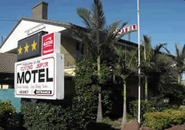 Flying Spur Motel - Accommodation Australia