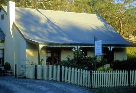 Country Pleasures Bed and Breakfast - Accommodation Australia