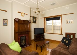 Semaphore Beach House - Accommodation Australia