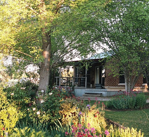 Amazing Country Escapes - Evanslea By The River - Accommodation Australia