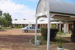 Landsborough Lodge Motel - Accommodation Australia