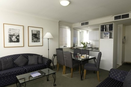 The Manor House - Accommodation Australia