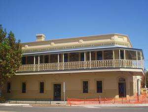 The British Hotel - Accommodation Australia