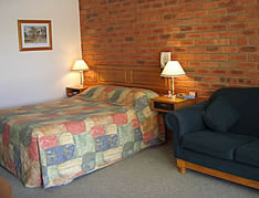 Australian Settlers Motor Inn - Accommodation Australia