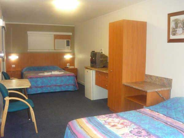 Motel Monaco - Accommodation Australia