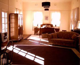 Old Parkes Convent - Accommodation Australia