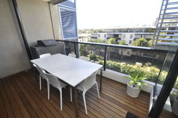 Camperdown 608 St Furnished Apartment