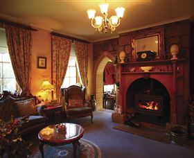 Oatlands Lodge Colonial Accommodation - Accommodation Australia