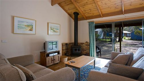 Surf Coast Cabins in Aireys Inlet - Accommodation Australia