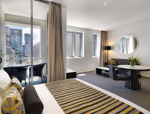 Meriton Serviced Apartments - Zetland - Accommodation Australia