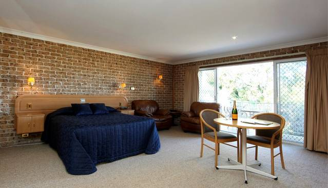 Hermitage Campbelltown - Accommodation Australia