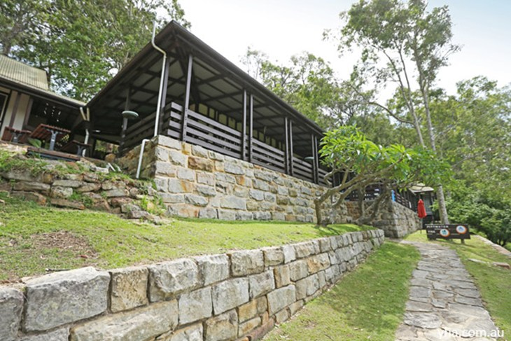 Sydney - Pittwater YHA - Accommodation Australia