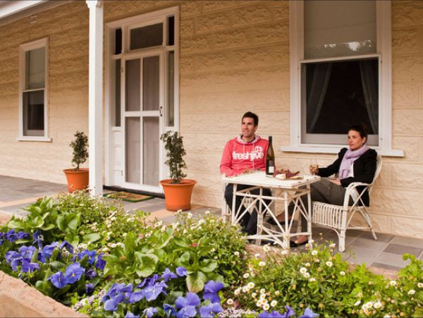 Brown's House Bed & Breakfast - Accommodation Australia