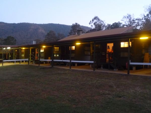 Christmas Creek Cafe and Cabins - Accommodation Australia
