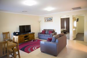 Scone Motor Inn and Apartments - Accommodation Australia