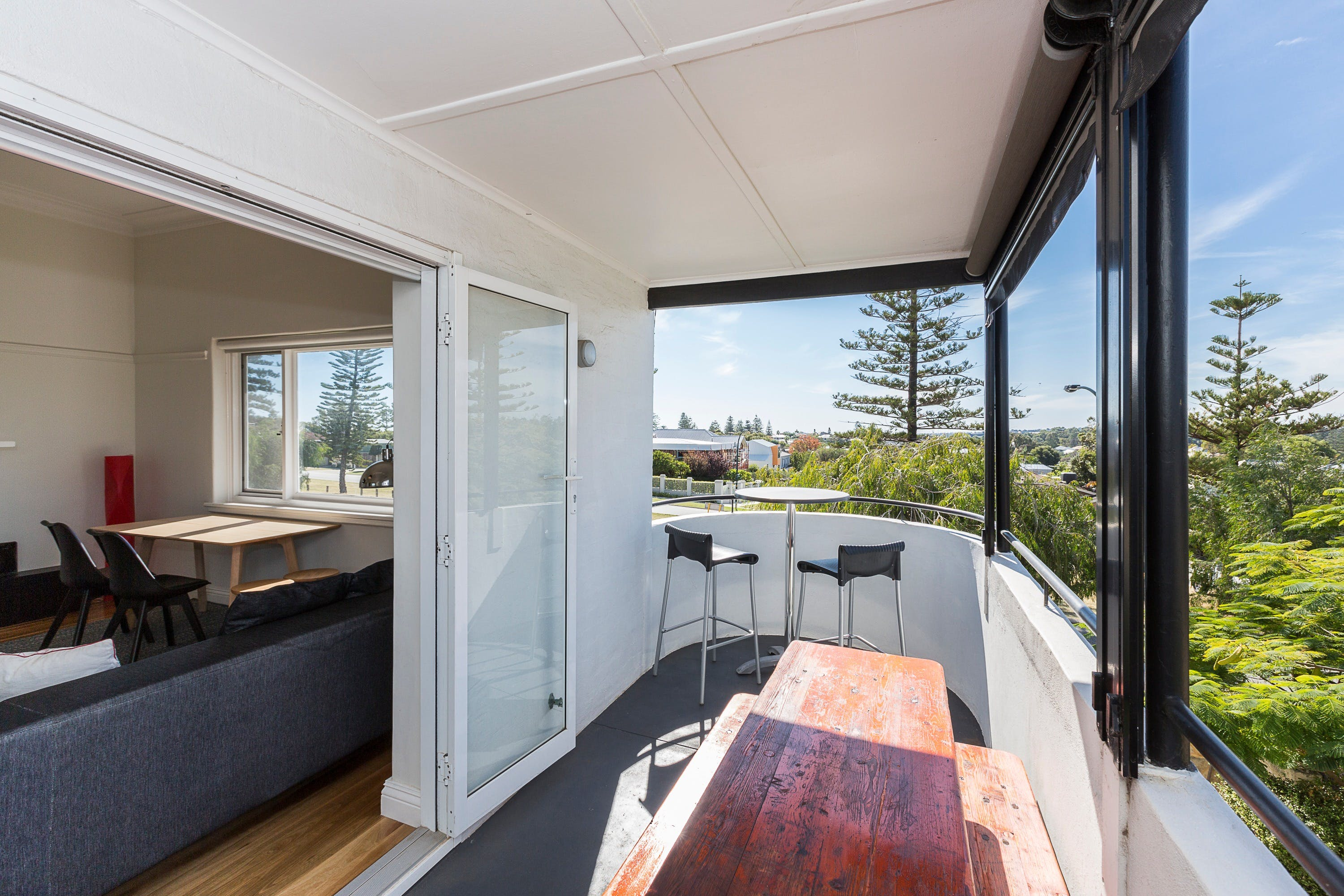 Cottesloe Beach Deluxe Apartment - Accommodation Australia