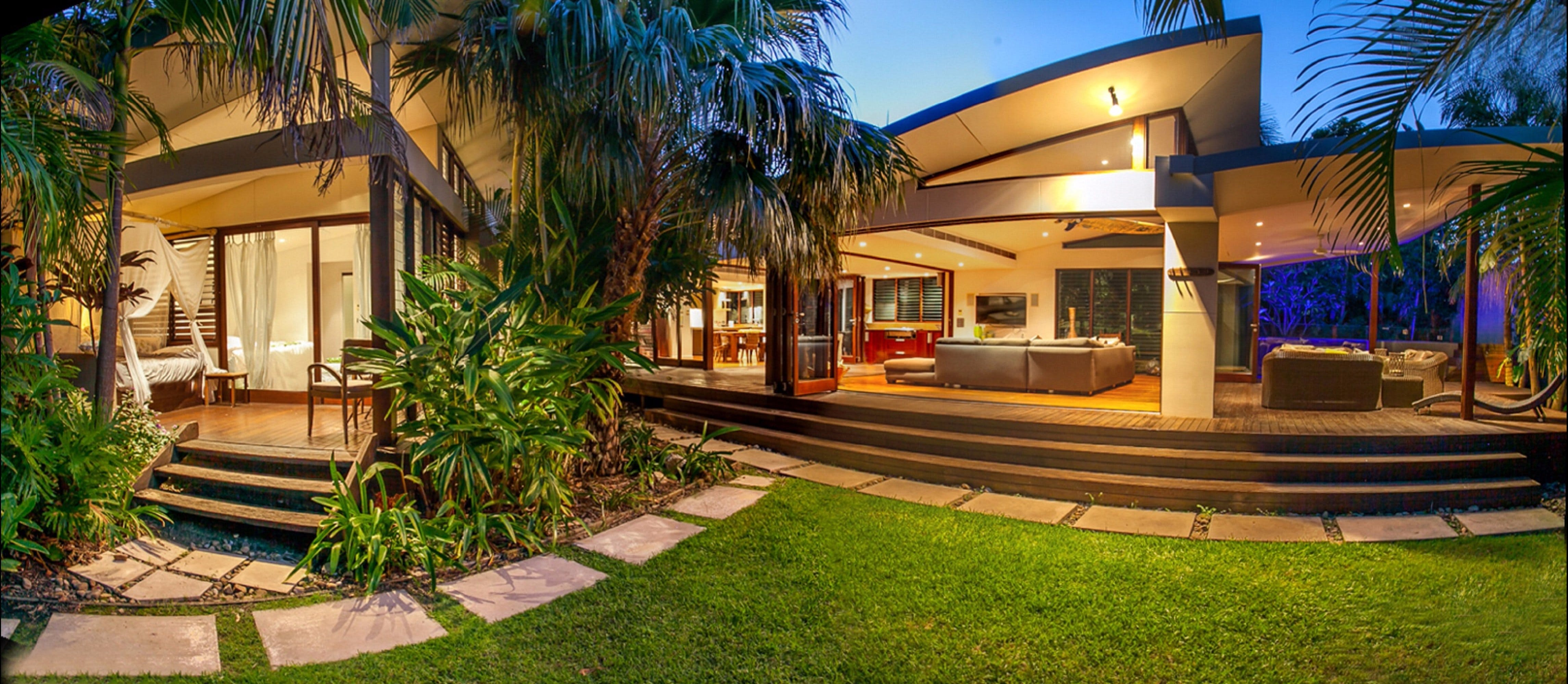 Pavilion Two at Broken Head - exclusive beachfront - Accommodation Australia