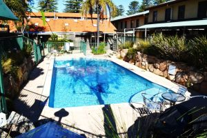 Cottesloe Beach Chalets - Accommodation Australia