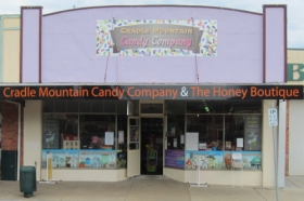 Cradle Mountain Candy Company and Honey Boutique - Accommodation Australia