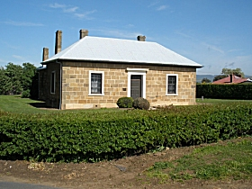 Oatlands Court House - Accommodation Australia