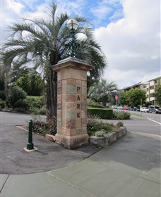 Newstead Park Memorials - Accommodation Australia