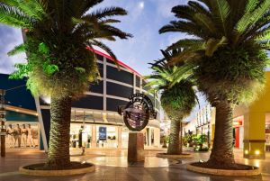 Harbour Town Outlet Shopping Centre - Accommodation Australia