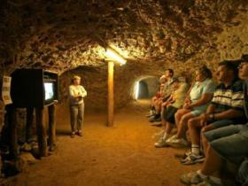 Miners Heritage Walk-In Mine - Accommodation Australia