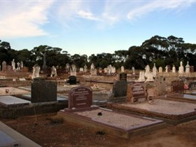 Langhorne Creek Cemetery - Accommodation Australia