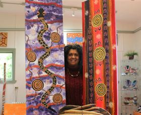 Apma Creations Aboriginal Art Gallery and Gift shop - Accommodation Australia