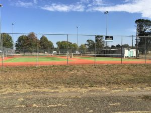 Gunning Tennis Courts - Accommodation Australia