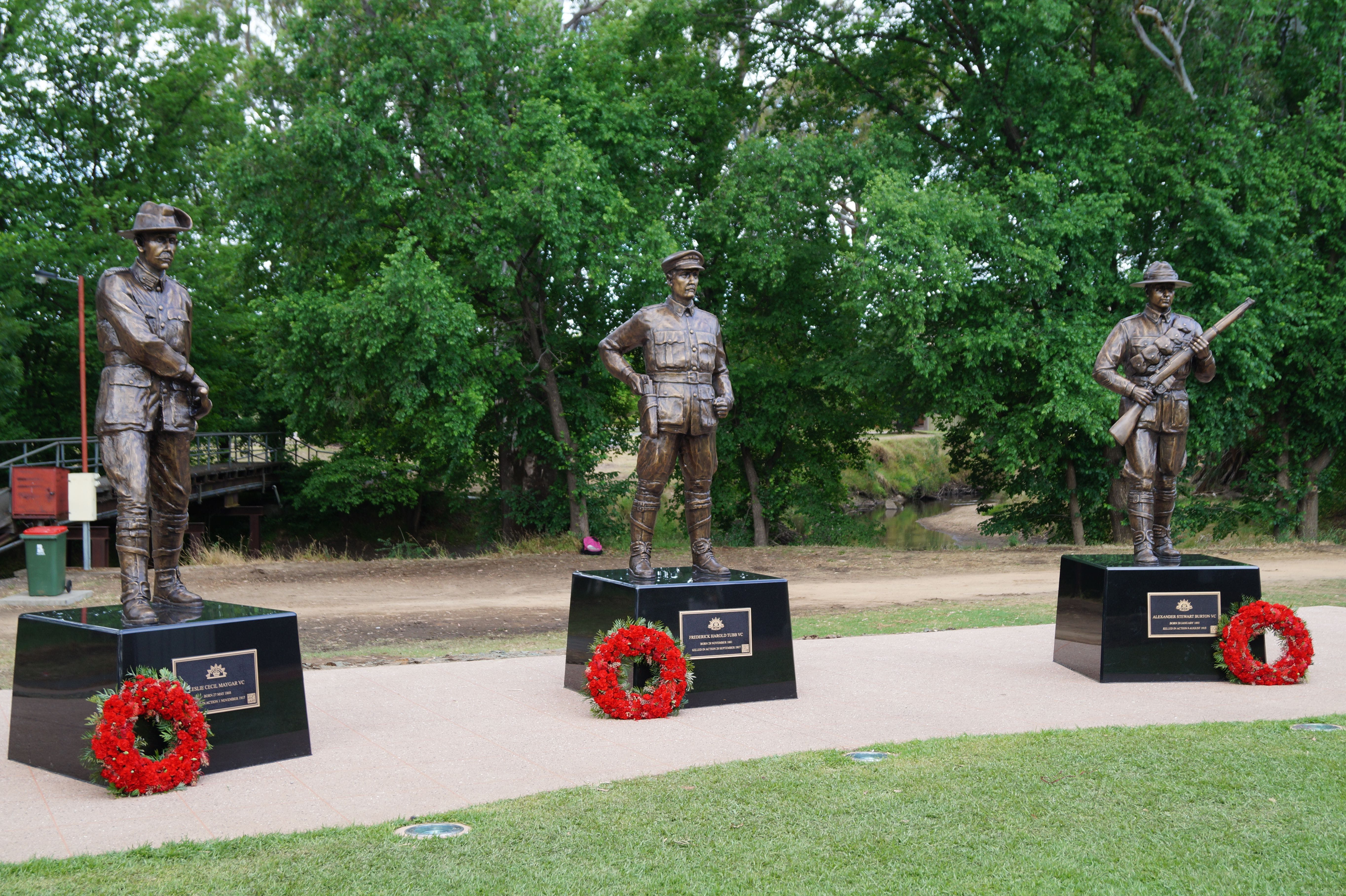 VC Memorial Park - Honouring Our Heroes - Accommodation Australia