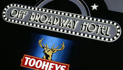 Off Broadway Hotel - Accommodation Australia
