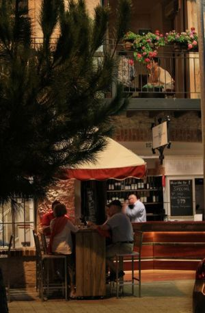 Whisper Wine Bar - Accommodation Australia