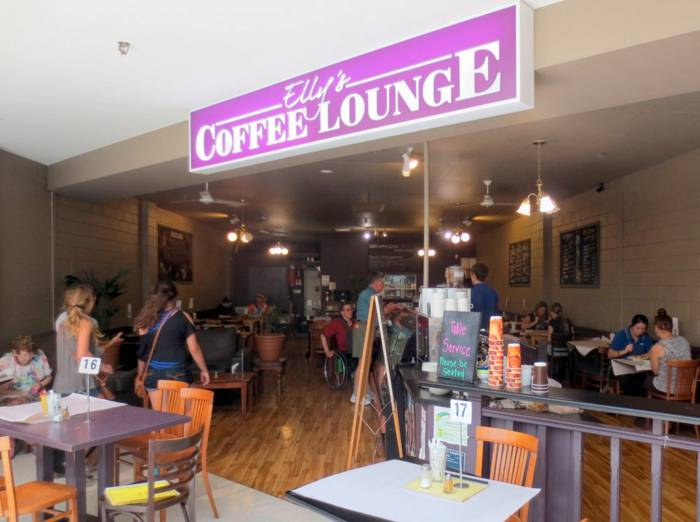 Ellys Coffee Lounge - Accommodation Australia