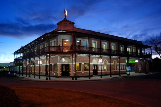The Grand Terminus Hotel - Accommodation Australia