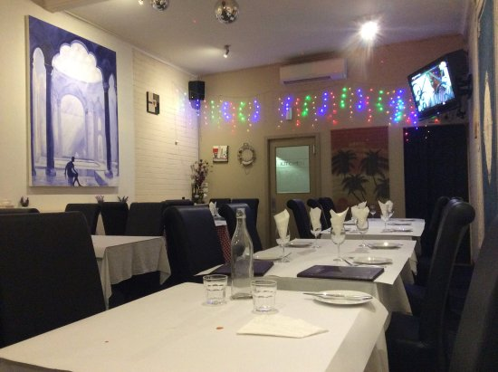 Punjab Court House Indian Restaurant - Accommodation Australia