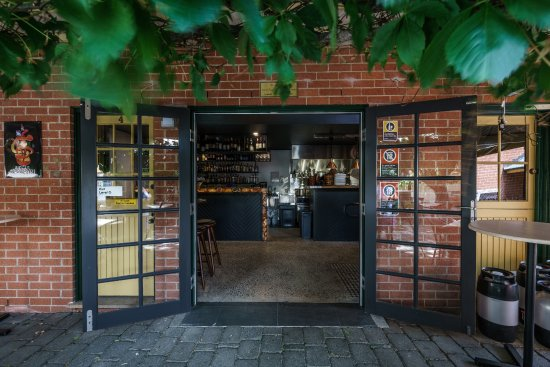 Vine And Tap - Accommodation Australia