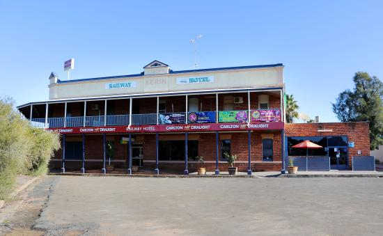 The Railway Hotel - Accommodation Australia