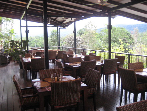 Highlander Tavern Restaurant  Bar - Accommodation Australia
