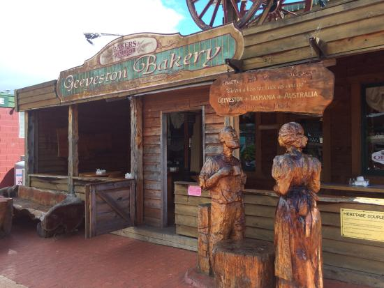 Geeveston Bakery and Pie Shop - Accommodation Australia