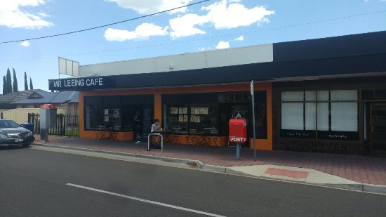 Mr Leeing's Cafe - Accommodation Australia