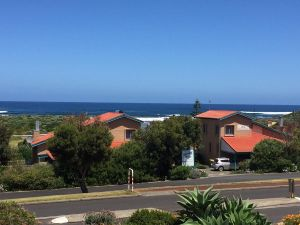 Beachside Prevelly Villas - Accommodation Australia