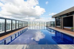 Japanese Style waterfront apt wt rooftop pool - Accommodation Australia
