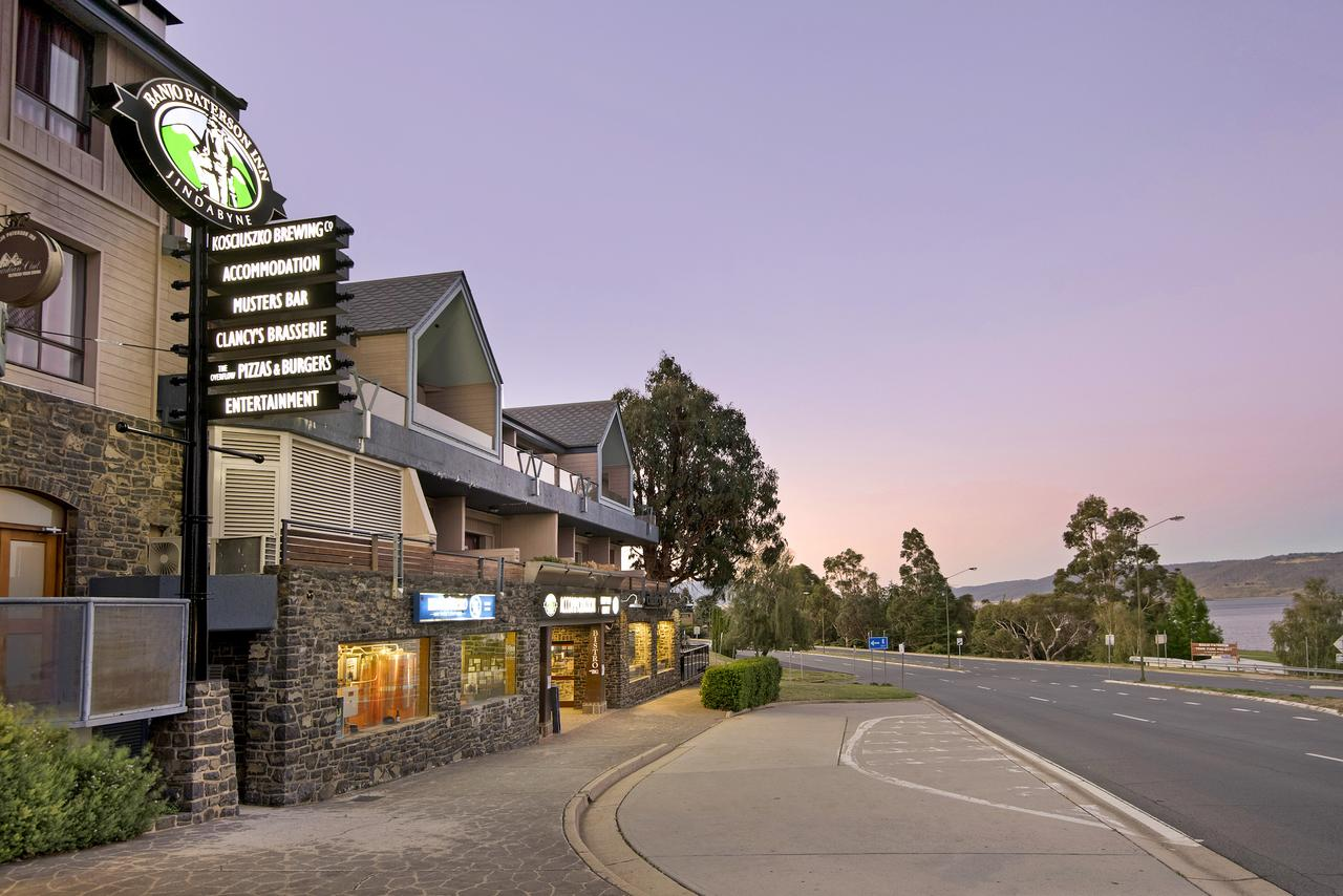 Banjo Paterson Inn - Accommodation Australia