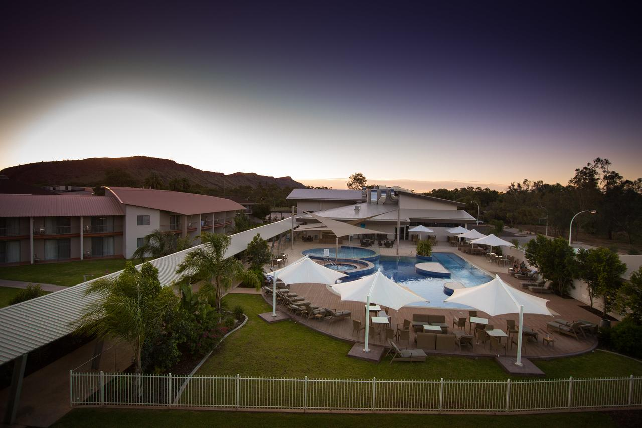 Crowne Plaza Alice Springs Lasseters - Accommodation Australia
