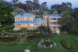 Grand Mercure Basildene Manor - Accommodation Australia