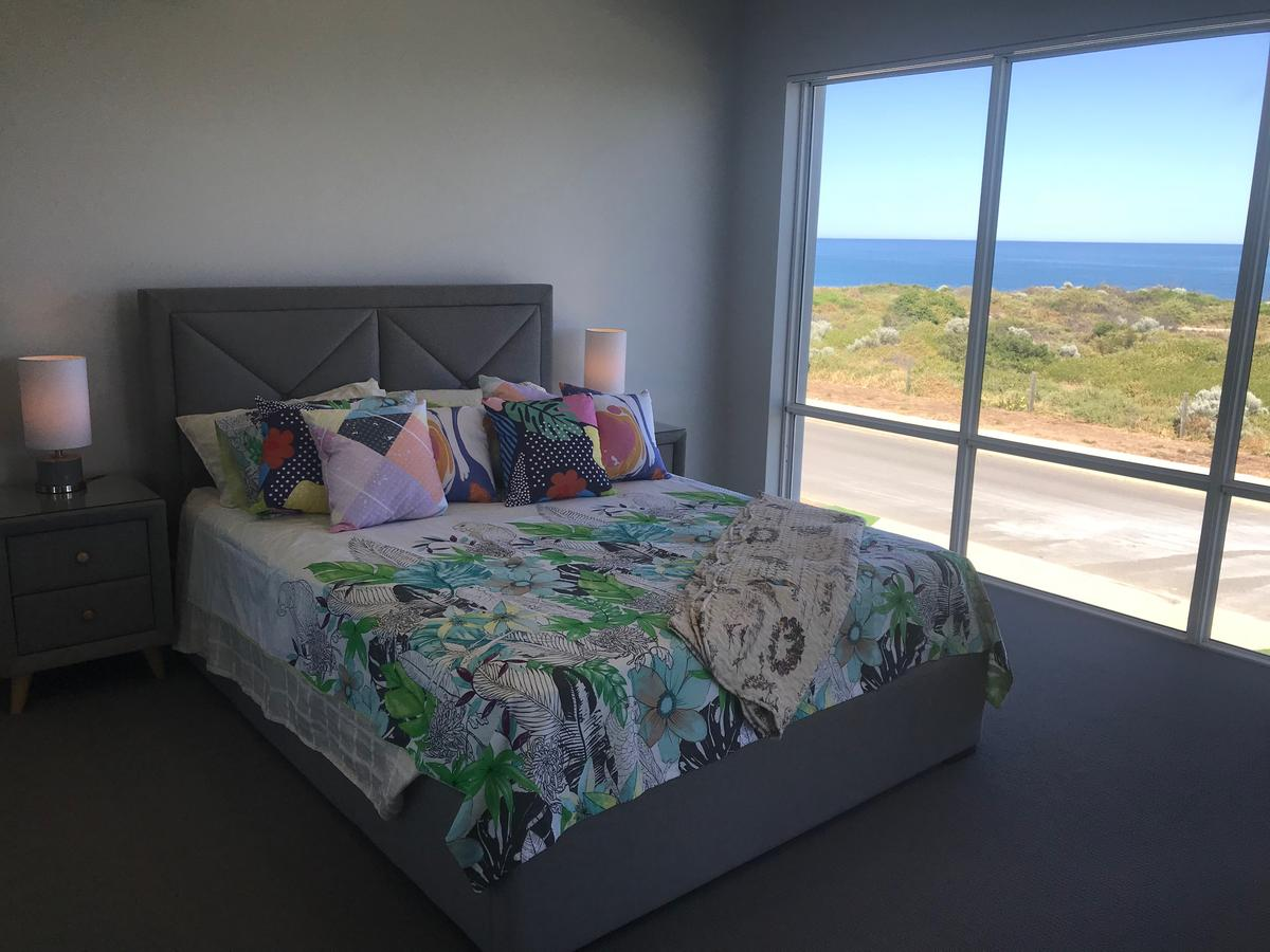 Beach House At SeaScapes.. - Accommodation Australia