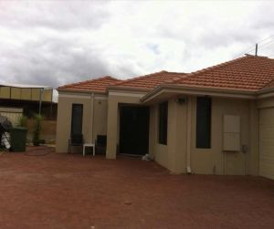 House close to airport - Accommodation Australia