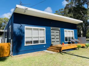 Abode Callala Beach Jervis Bay - 100m to Beach - Accommodation Australia
