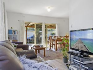 Beach Escape  Currarong - basic family accommodation - Accommodation Australia